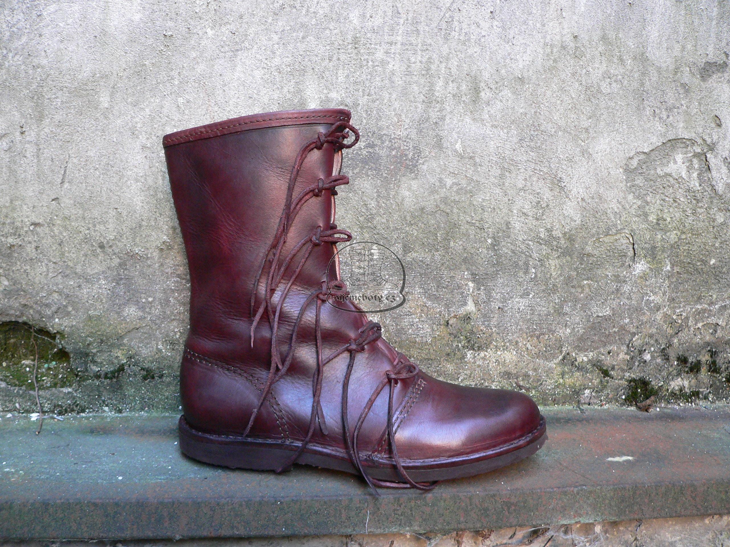 Vysoké gotické boty  3e97425096